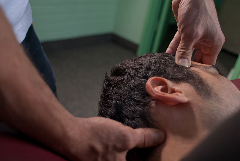 Fix-Me-Up-best-head-massage-toronto-tuina-Matt-Sedo-SMALL.jpg