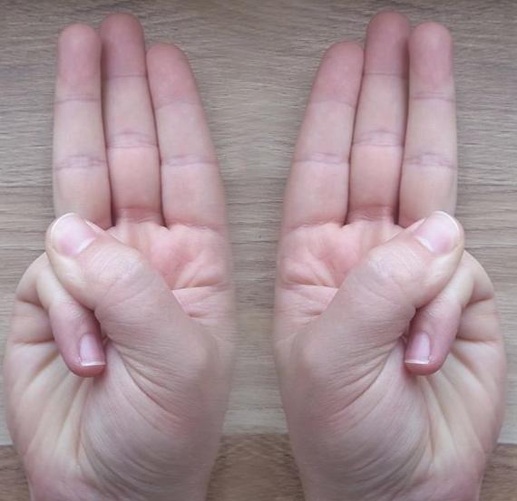 Jal Shaamak - Thumb to Pinkie.