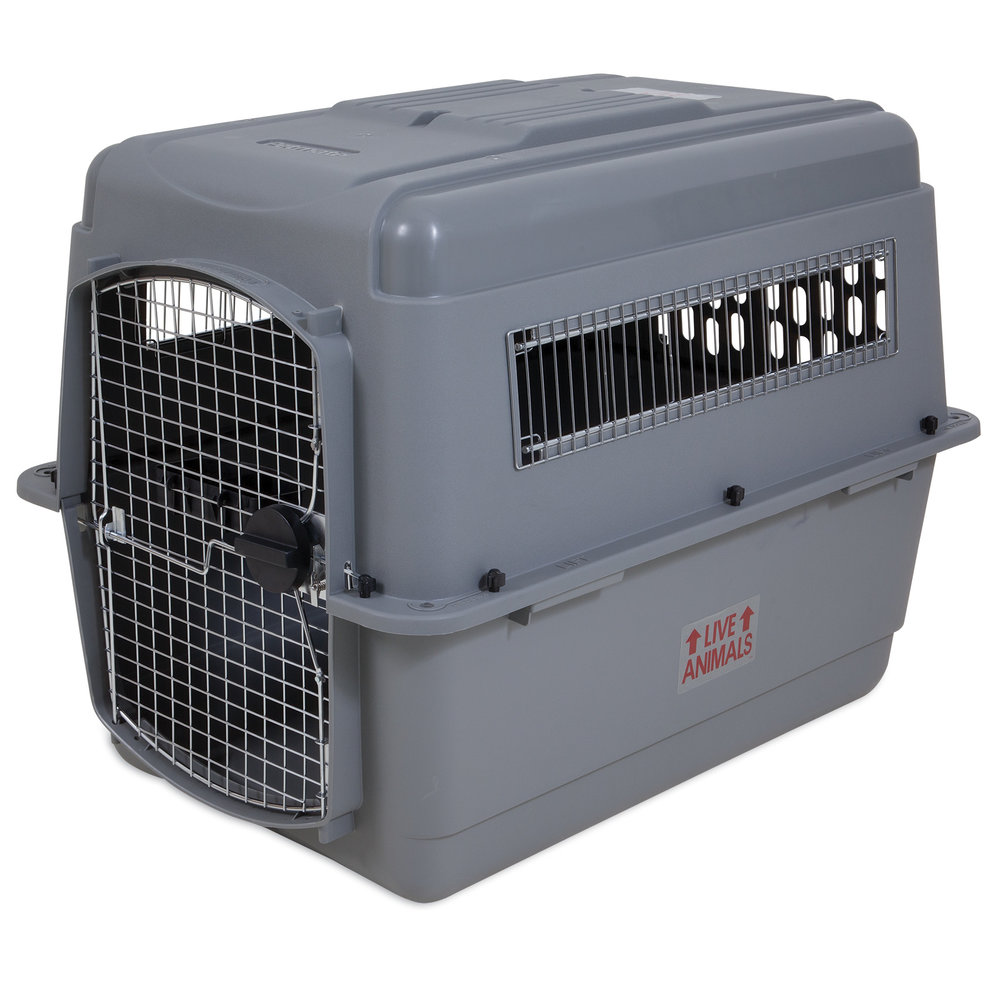 00400_PM_SkyKennel_Vault_Door_50to70lbs_3qtr.jpg