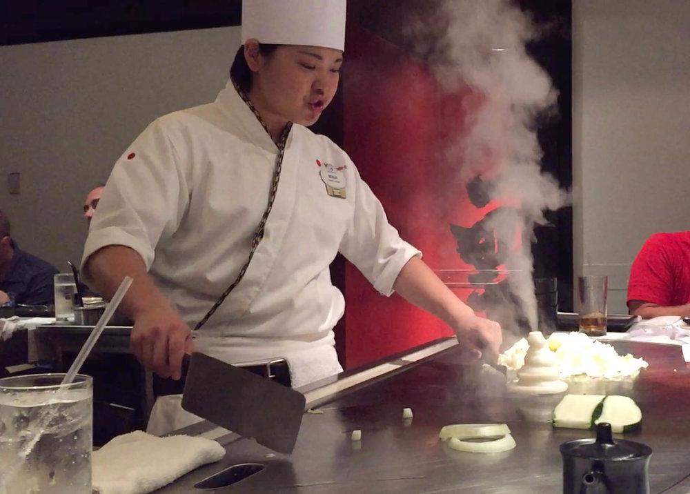 Teppan Edo Epcot Chef Cooking - Onion Steam Train