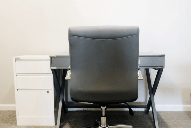 Private Desk - $175/mo.Unlimited Days during business hours - Enjoy all Trouvaille Omaha Member Benefits PLUS:Private area to work with secure storage10 Hours Meeting Room creditsTrouvaille Omaha Mailing Address