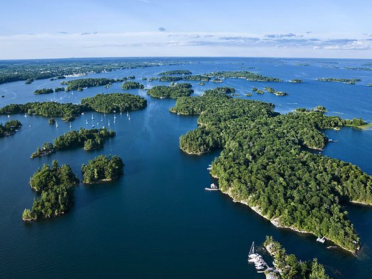 Discover The  1000 ISlands