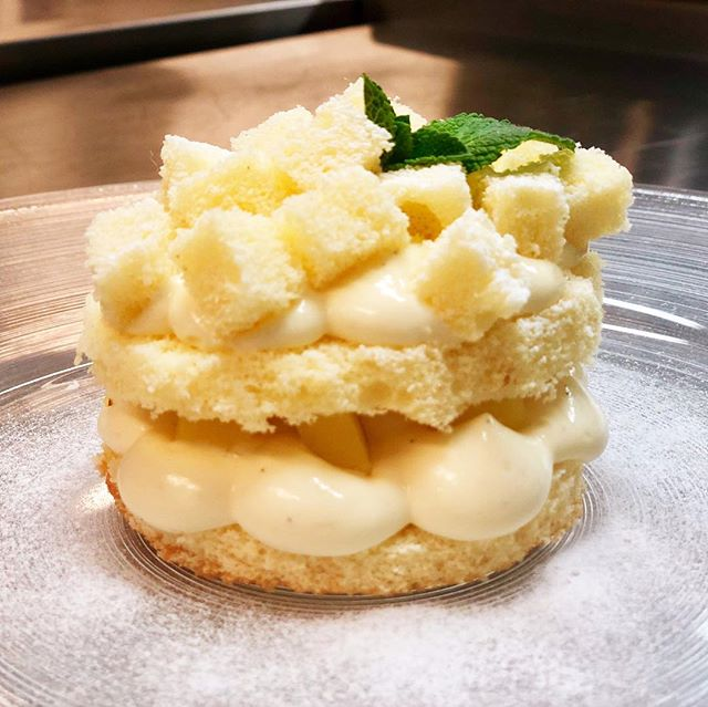 MIMOSA DELLA DONNA #dolce #festadelledonne #ascona #anticaposta #ristorante