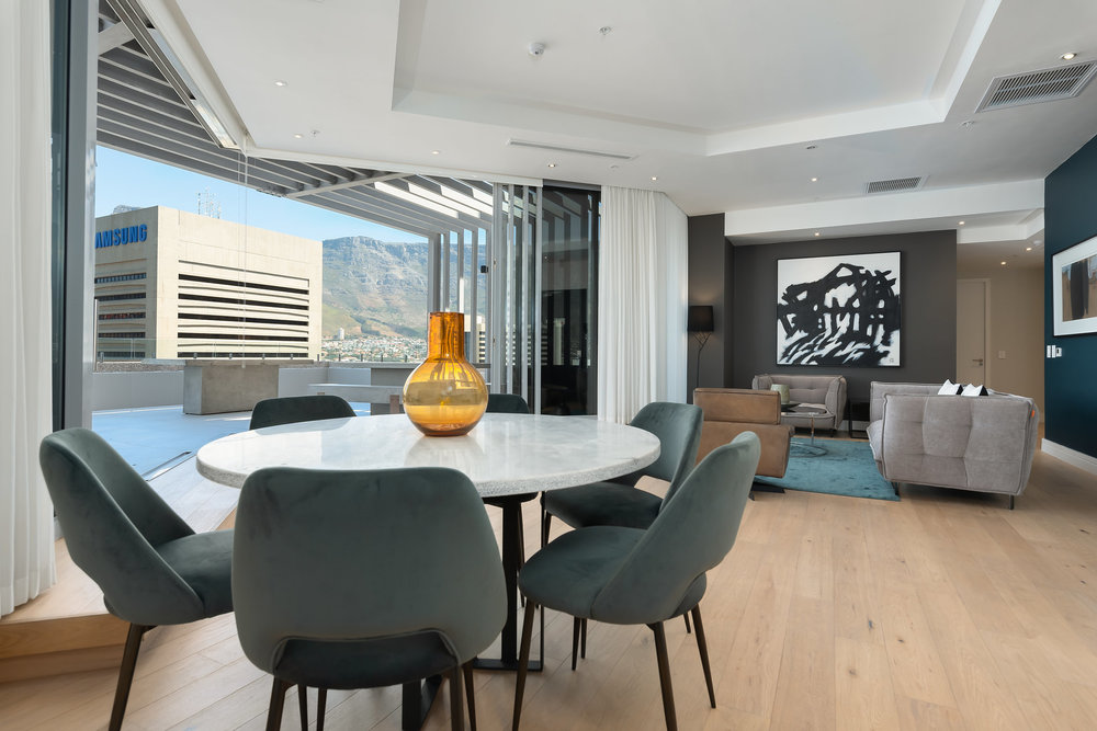 CapeTownCBDPenthouseApartmentForSale-2303RadissonBlu(16of21).jpg