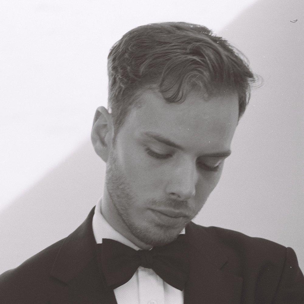 Xavier Hetherington - Tenor