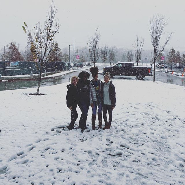 Throw back to last years snow day with some of the Mint Health team ⛄️ #snowday2017 #minthealth