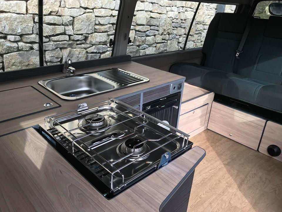 Nissan_Homy_camper_van_conversion_hob_and_sink.jpg