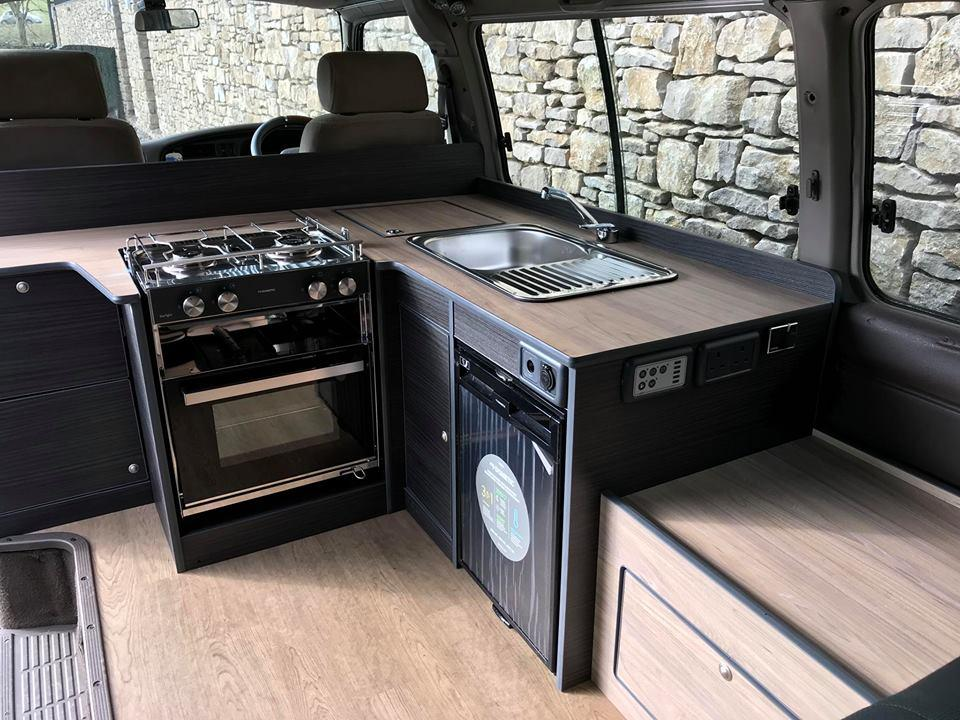 Nissan_Homy_camper_van_conversion_kitchen.jpg