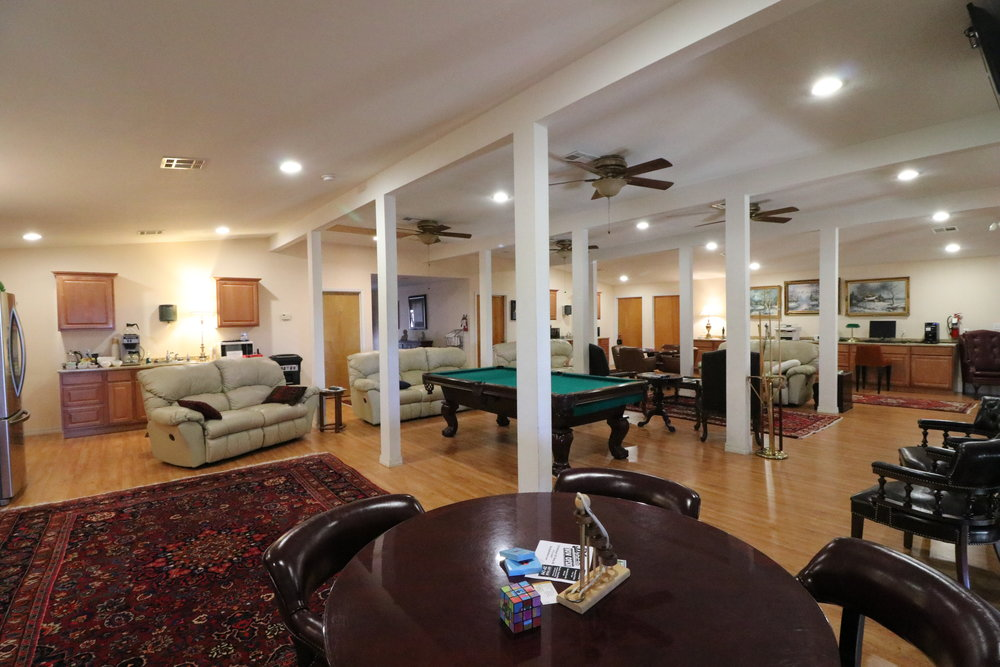 Upstairs common room - Sit and enjoy time with your family and friends in our living area.