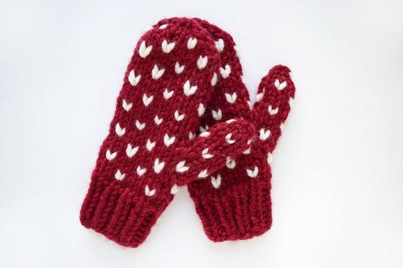 St Valentines mittens pattern