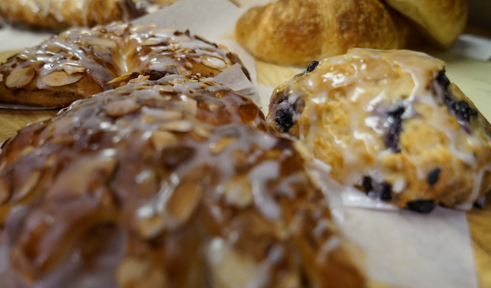 hmb-bakery-fritters.JPG