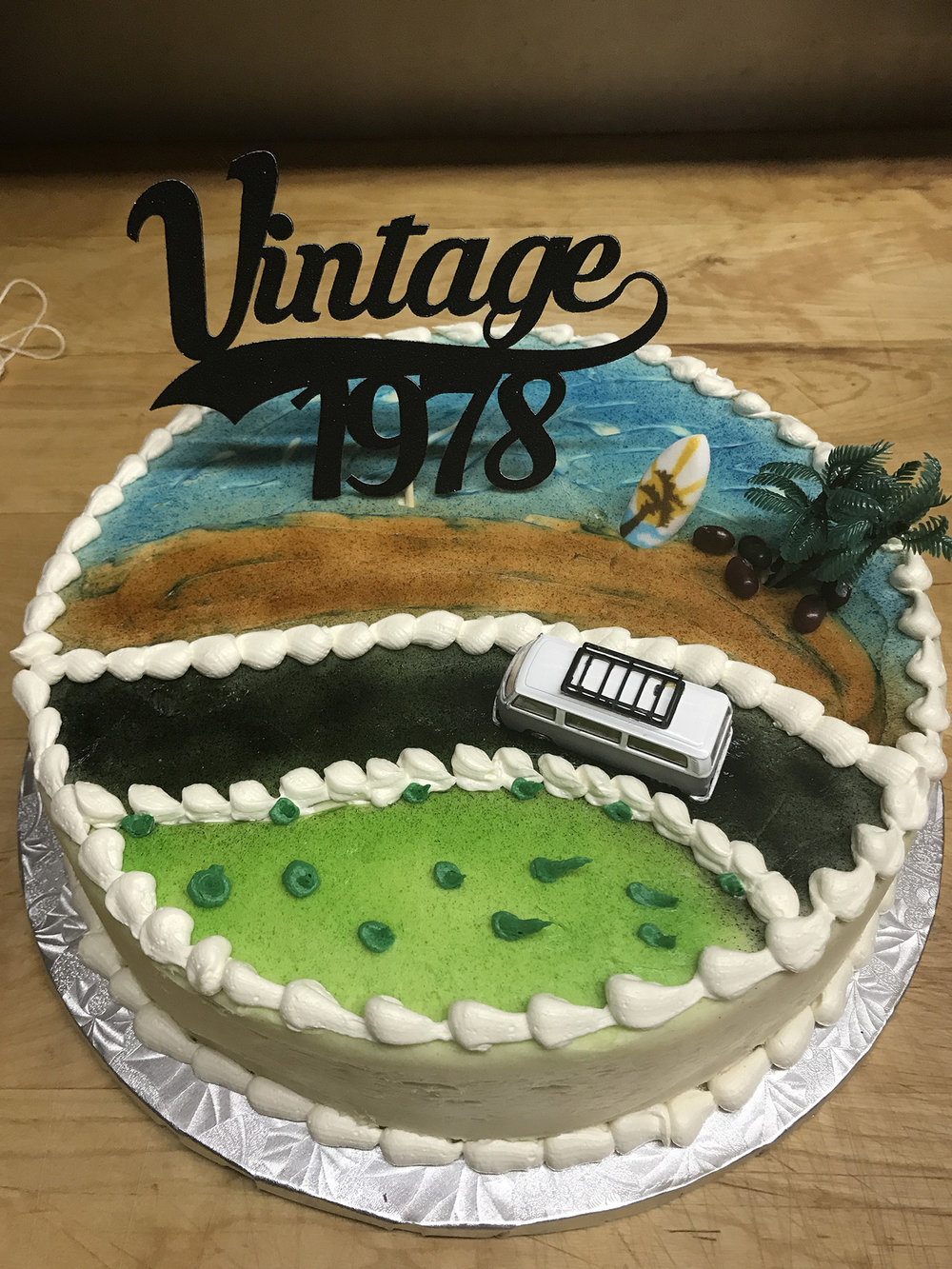 vintage-cake-hmb-bakery.jpg