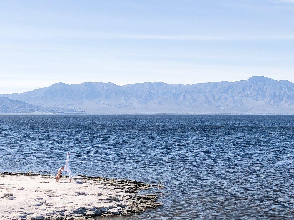 Salton Sea, California |  Breathtaking views of the mountains
