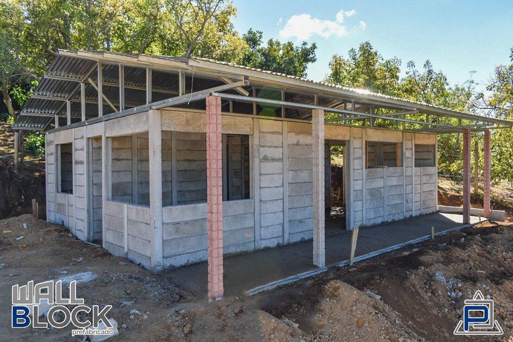 Ventajas del sistema prefabricado - - Muy económico- Rapida instalación- Se puede modular cualquier diseño.