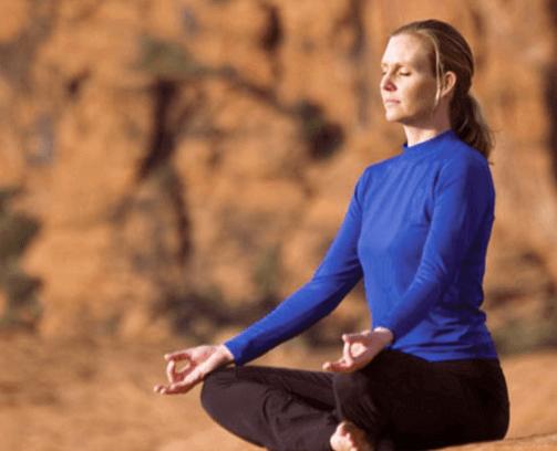 red-rocks-yogi-final (1).png