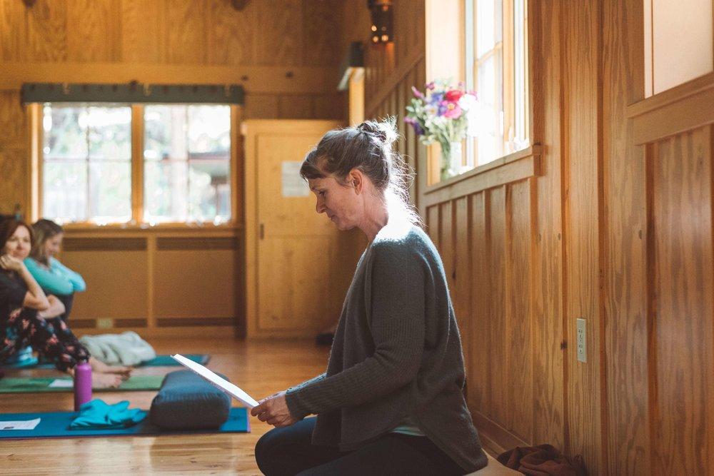 joanna-dunn-iyoga-instructor
