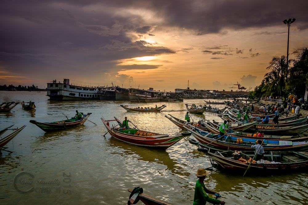 Burma_YangonDay1-6665-Edit.jpg