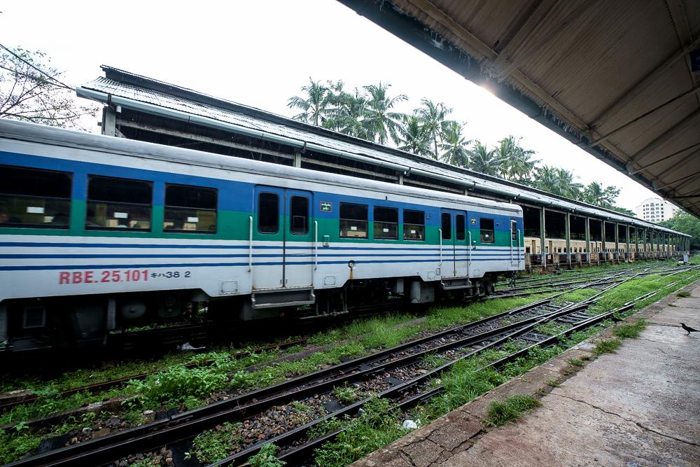 Burma_YangonDay2-6814.jpg
