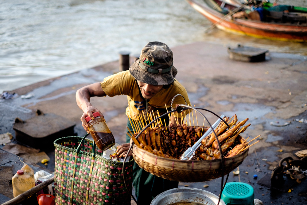 Burma_YangonDay1-9982.jpg