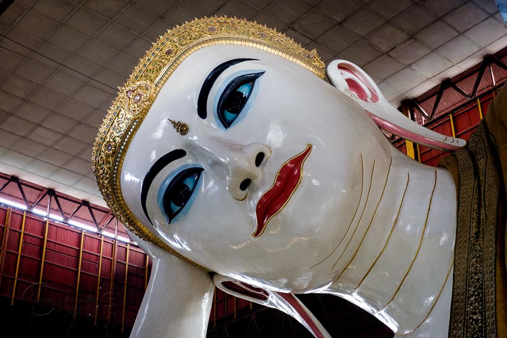 Burma_YangonDay2-0389.jpg