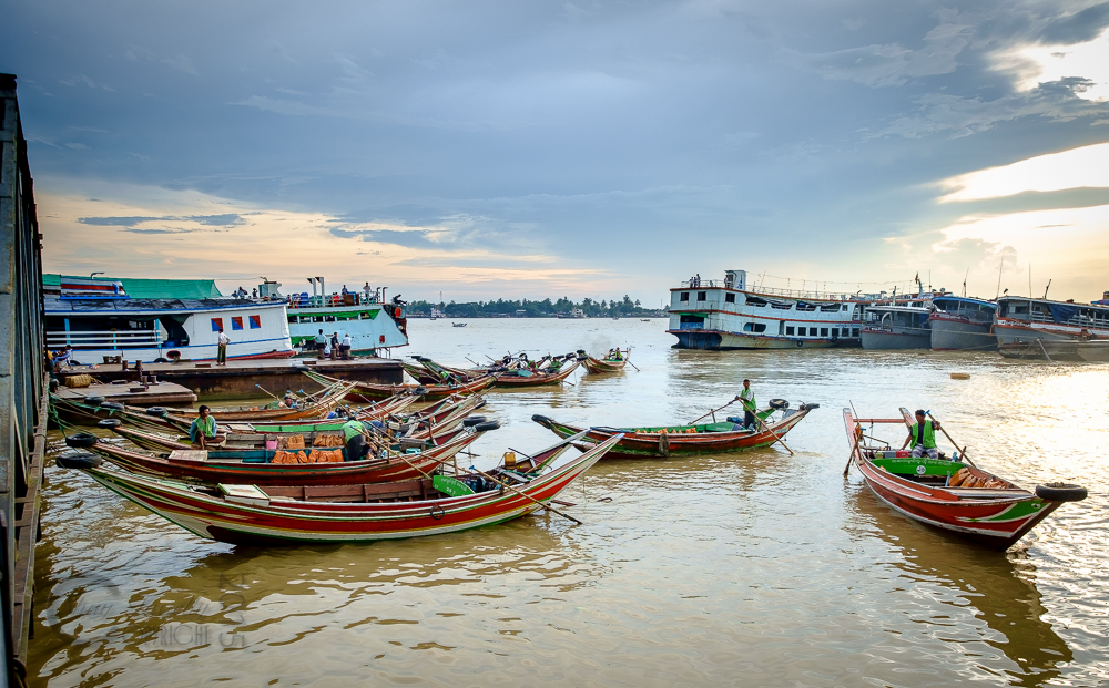 Burma_YangonDay1-6664.jpg