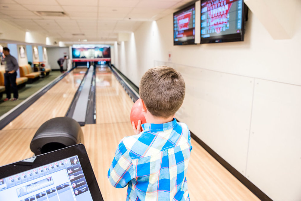 white-house-bowling6-abroad-wife.jpg