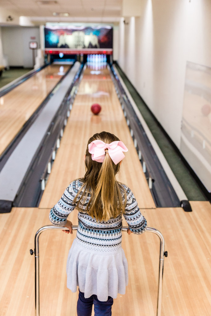 white-house-bowling7-abroad-wife.jpg