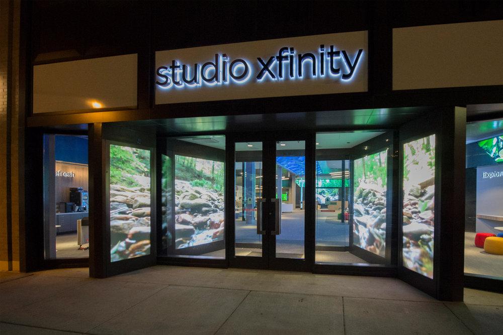 Xfinity Flagship Store - Chicago, IL