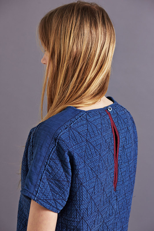 SIDELINE-AW15-Top