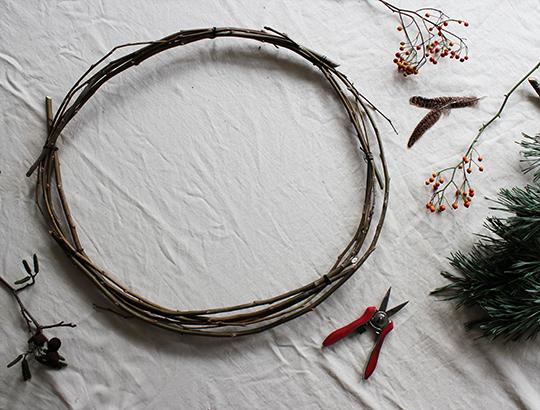 twisted-wreath-3