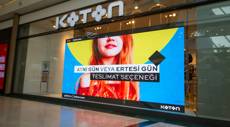 658-mall-of-istanbul-koton-store-indoor-led-screen-project.jpg