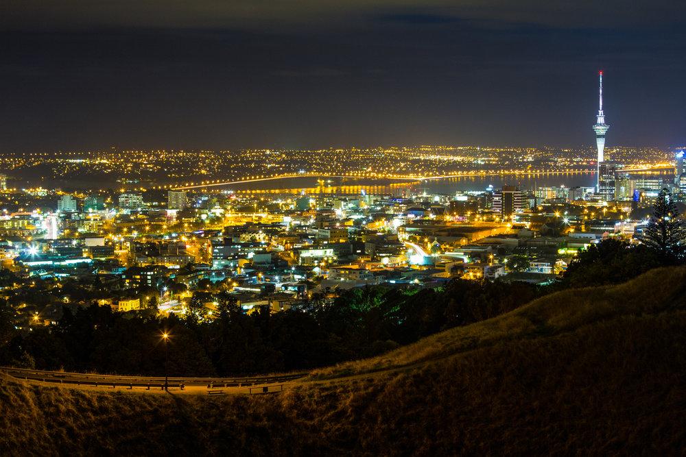 Auckland at Night 001.jpg