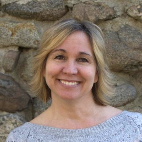 Pastor Lori Bradeen