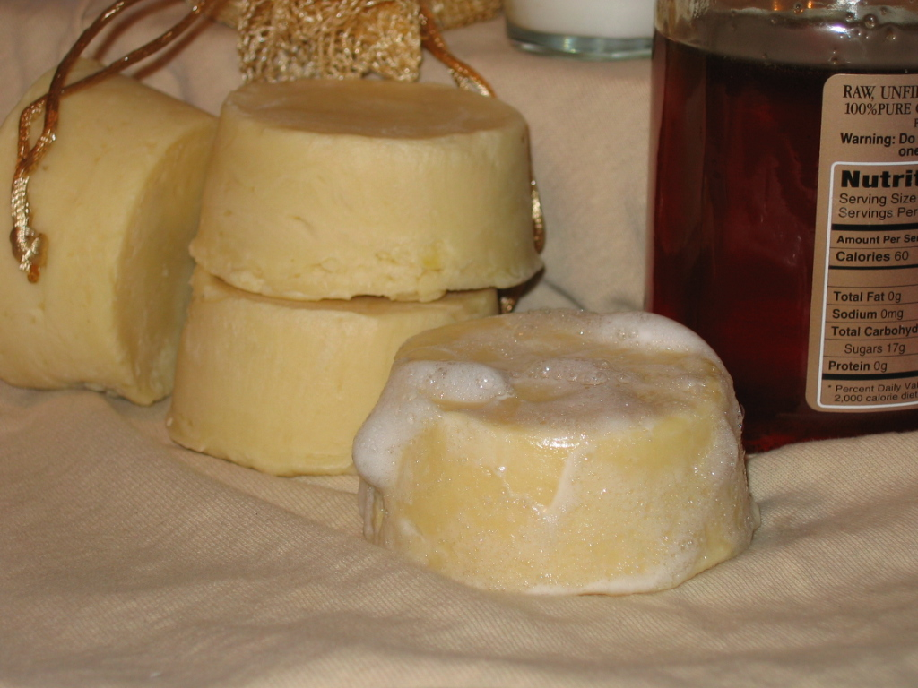 goat milk and honey shampoo bar lisa maliga