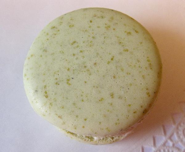 pistachiomacscloseup