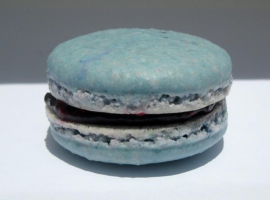 blueberrymacaron