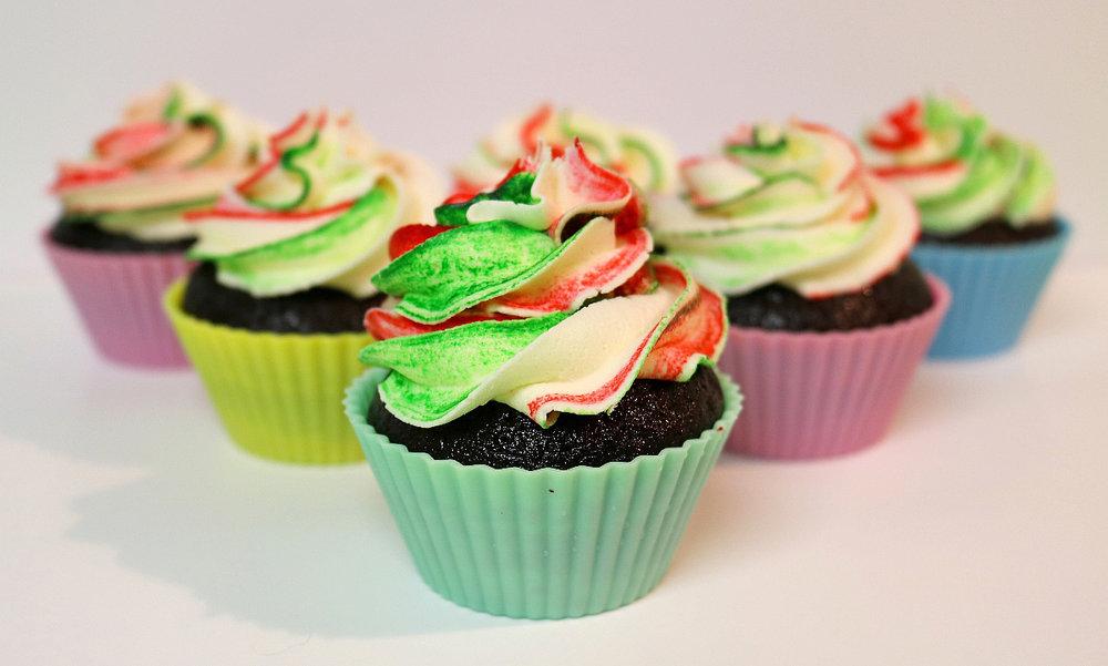 peppermintswirlcupcakes2.jpg