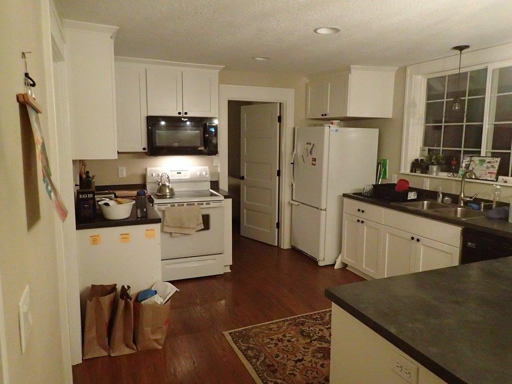 1st St Kitchen (2).JPG