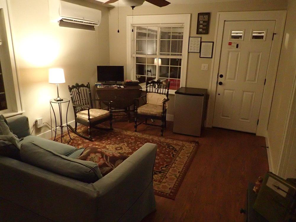 1st St Living Room (3).JPG