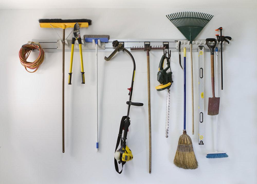 Neat-garage-tool-hanging-storage-461302315_1213x866.jpeg