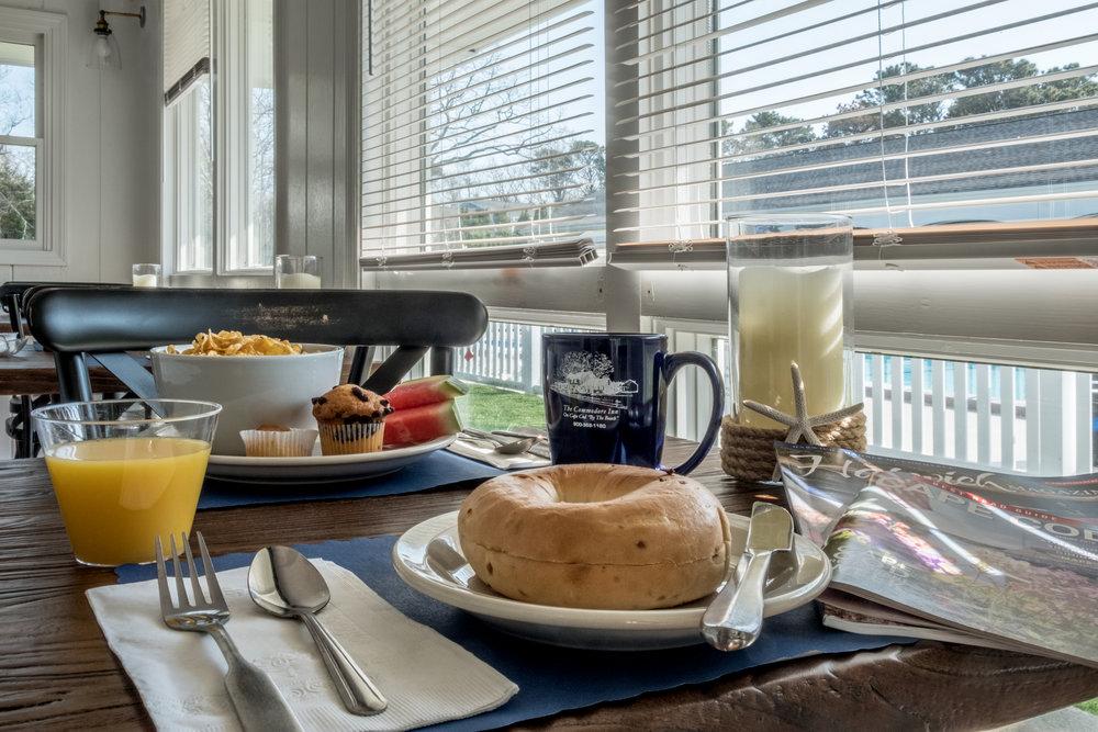 BreakfastPlaceSetting1.jpg