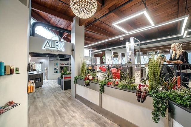 A modern & chic hair studio with a team of talented stylists #alexhairstudioct #glenlochen #modern #ctsalon #glastonburyct