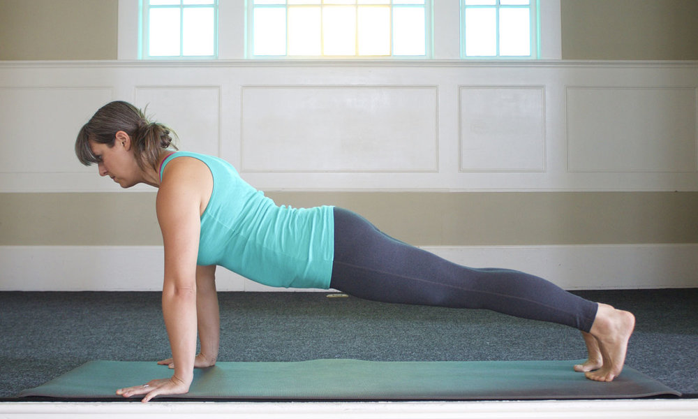 - In this version, leg/belly activation is lacking resulting hips that are far too low.