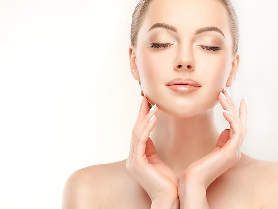HAUT - Gesichts- & Körperbehandlungen, Modellagen & Biolifting, Körperpackungen, uvm.