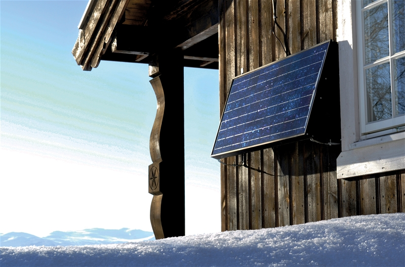 Hytte med solpanel.jpg