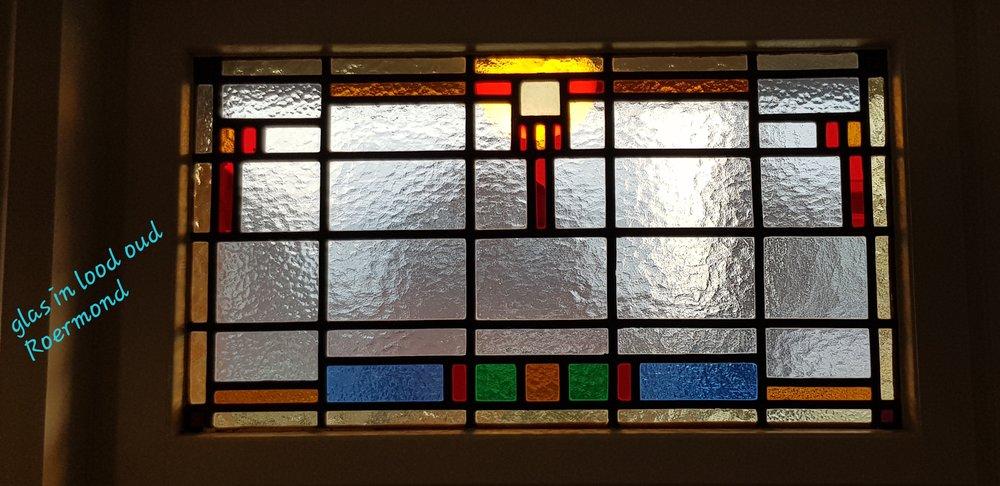 6) Glas in lood oud Roermond