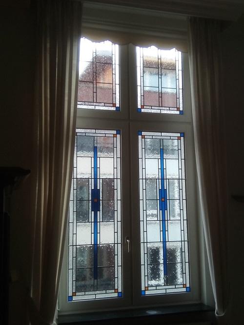Glas in lood huiststijf blauw