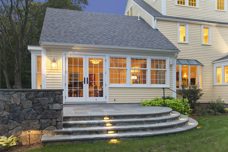 Landscape design with outdoor lighting in Lincoln MA