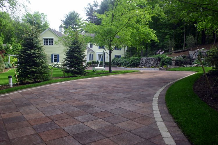 Top quality driveway pavers in Brookline, MA