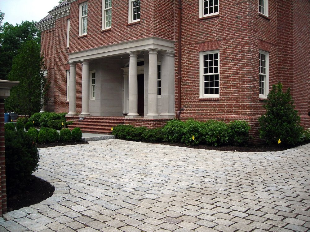 Driveway with permeable pavers in Brookline, MA